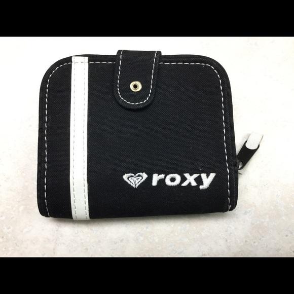 Roxy Handbags - Roxy wallet
